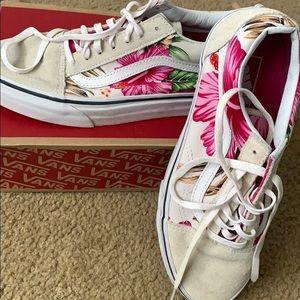 Vans Women's Sneaker